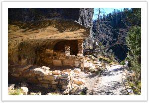 Walnut Canyon Hike