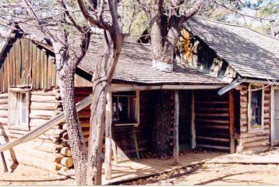 Walnut Canyon Cabin Hike